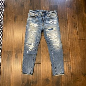 American eagle skinny cropped distressed jeans 31